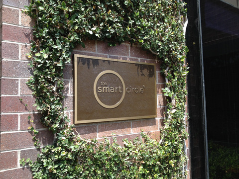 Exterior Bronze Plaque Helps The Smart Circle Brand Their