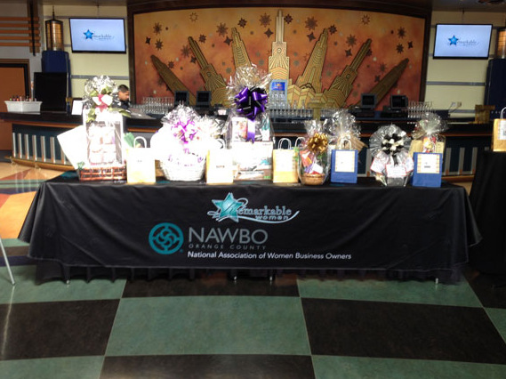 Trade show table throws San Clemente CA
