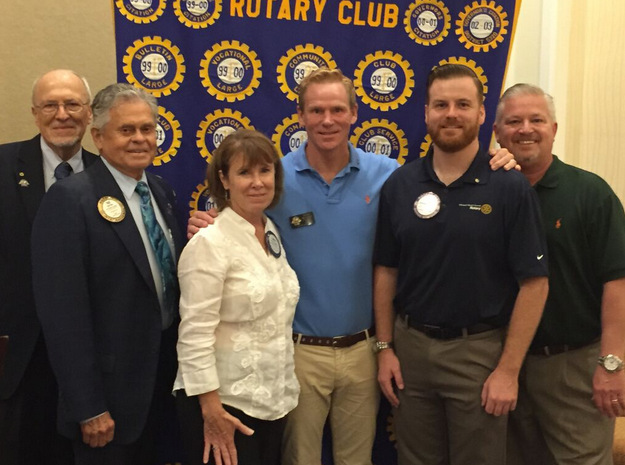 Laura Reilly Receive Rotary Club Blue Badge