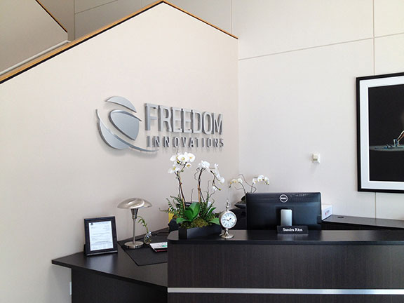 dimensional lettering, high impact lobby sign, acrylic lettering