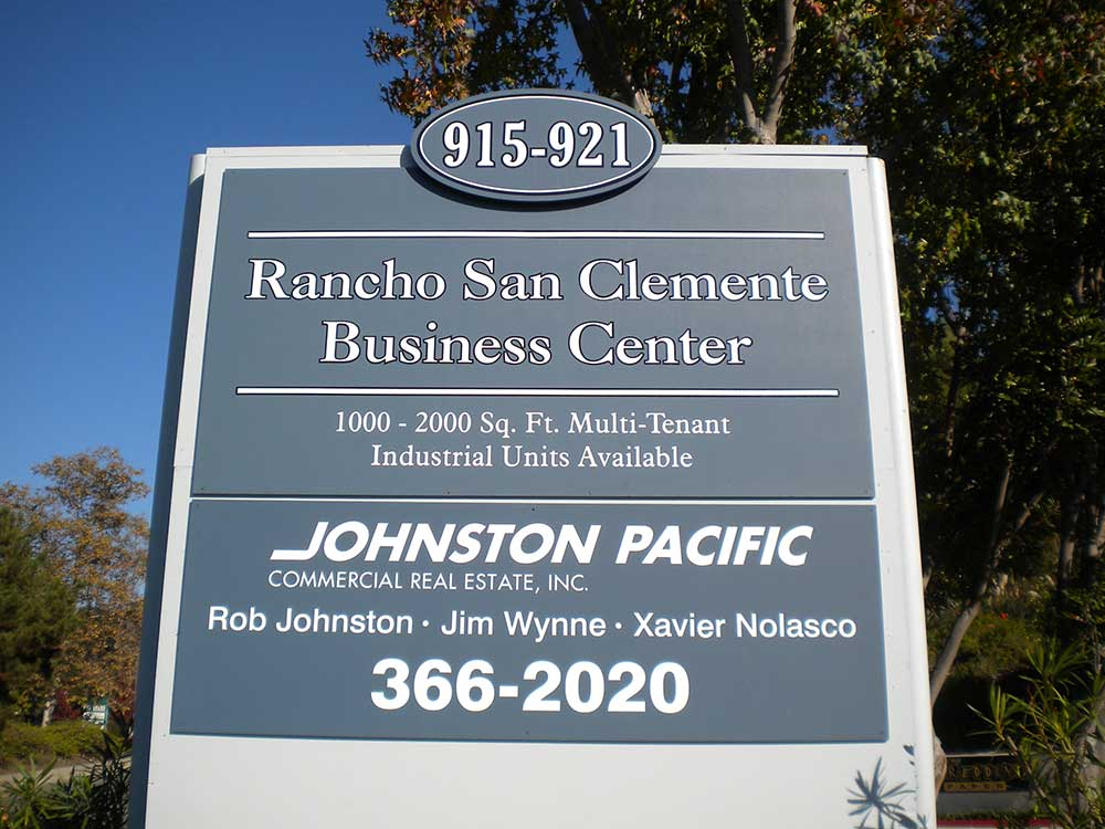 Rancho SC - Monument sign from starfish signs & grapics