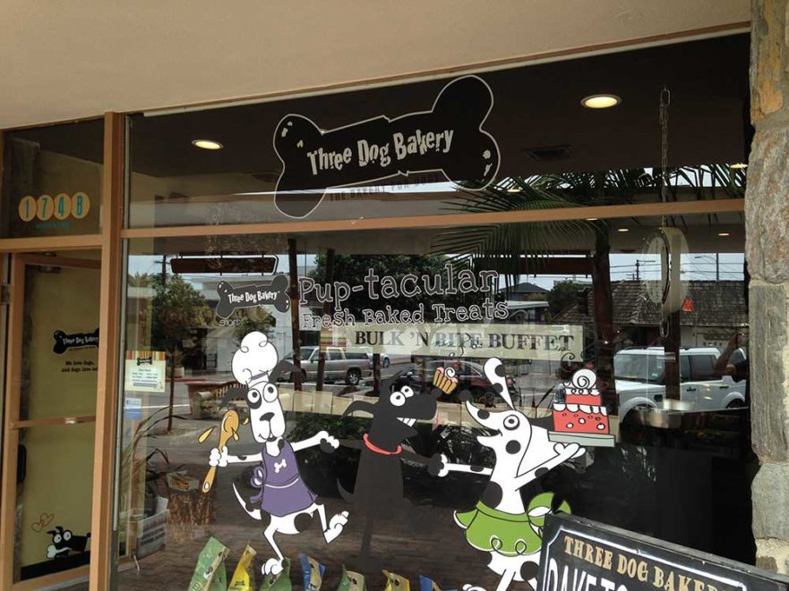 three dog bakery window graphics from starfish signs & graphics
